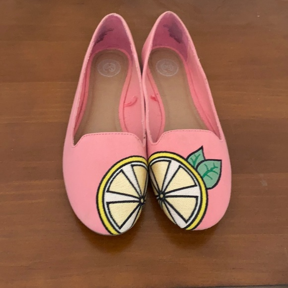 SO women's lemon and pink flats, Size 8